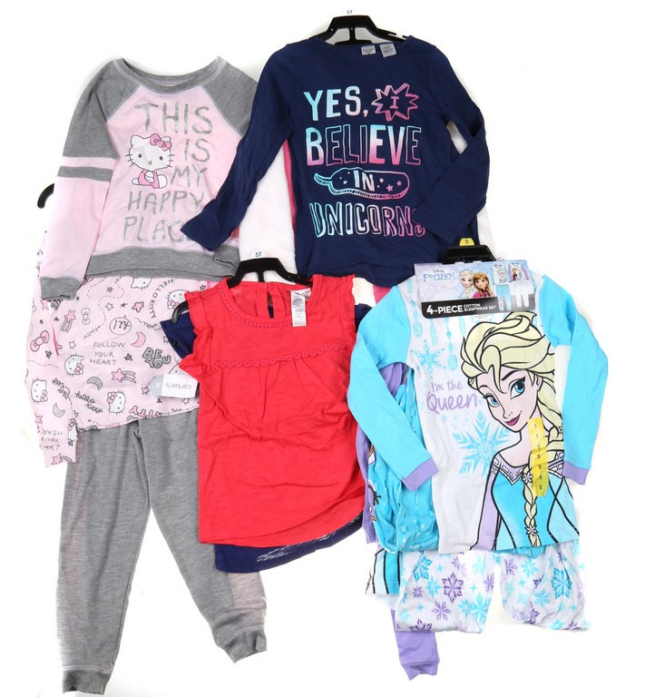 4 Sets x Assorted Girl`s Clothing Set, Size 5, Incl; HELLO KITTY 4PC Pajama