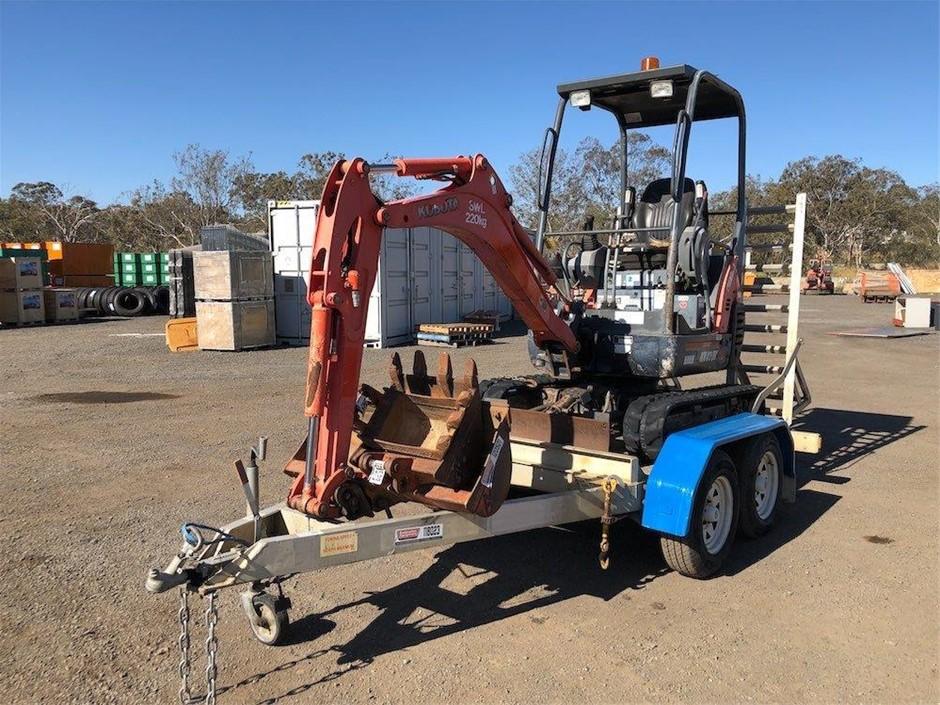 Kubota 1.7 Ton Mini Excavator and Trailer Unit