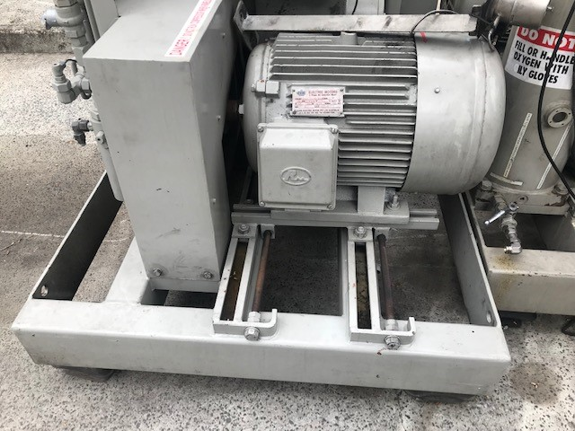 Sulzer Burckhardt Industrial Air Compressor Serial Number: 51136 <LI