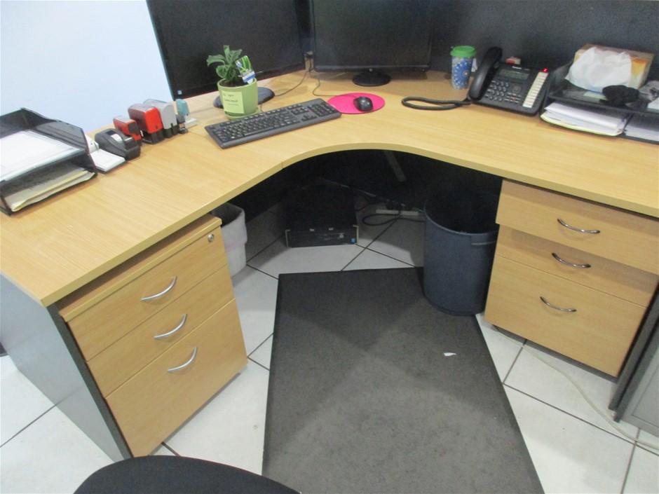 Timber Laminate Reception Counter