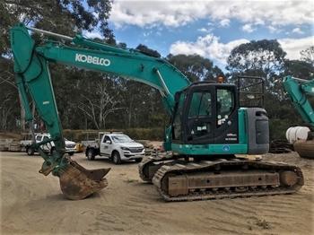 Kobelco SK2355R Hydraulic Excavator
