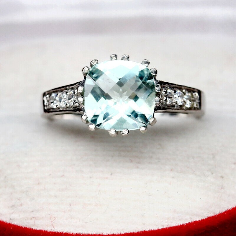 Stunning Cushion Cut Sky Blue Topaz Ring Size 'N'