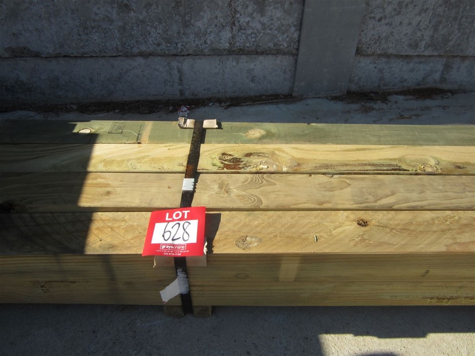 Pack of 8 units of 90mm x 90mm Treated Pine Posts. 3.6 metres long.