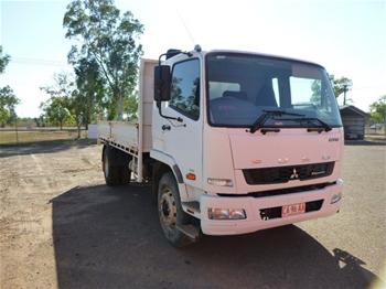 2011 Mitsubishi Fuso FM600 6 x 2 Tipper Truck