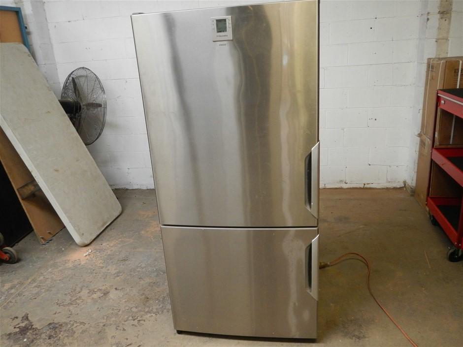 Electrolux 510L fridge freezer