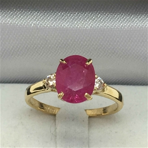 18ct Yellow Gold, 2.88ct Ruby and Diamon
