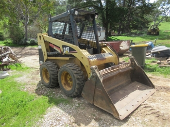 CAT 226 Skid Steer Loader