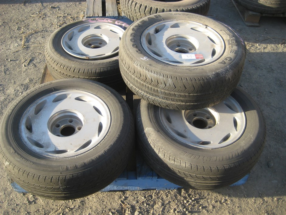 Tyres. 5 x Car Tyres on mags