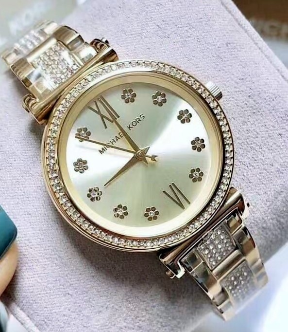 Ladies brand new Michael Kors Couture NY 'Sofie' feminine & classy watch.