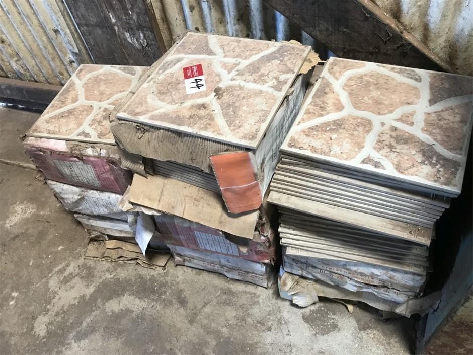 11 boxes of floor tiles, 300 x 300 (265702-44)