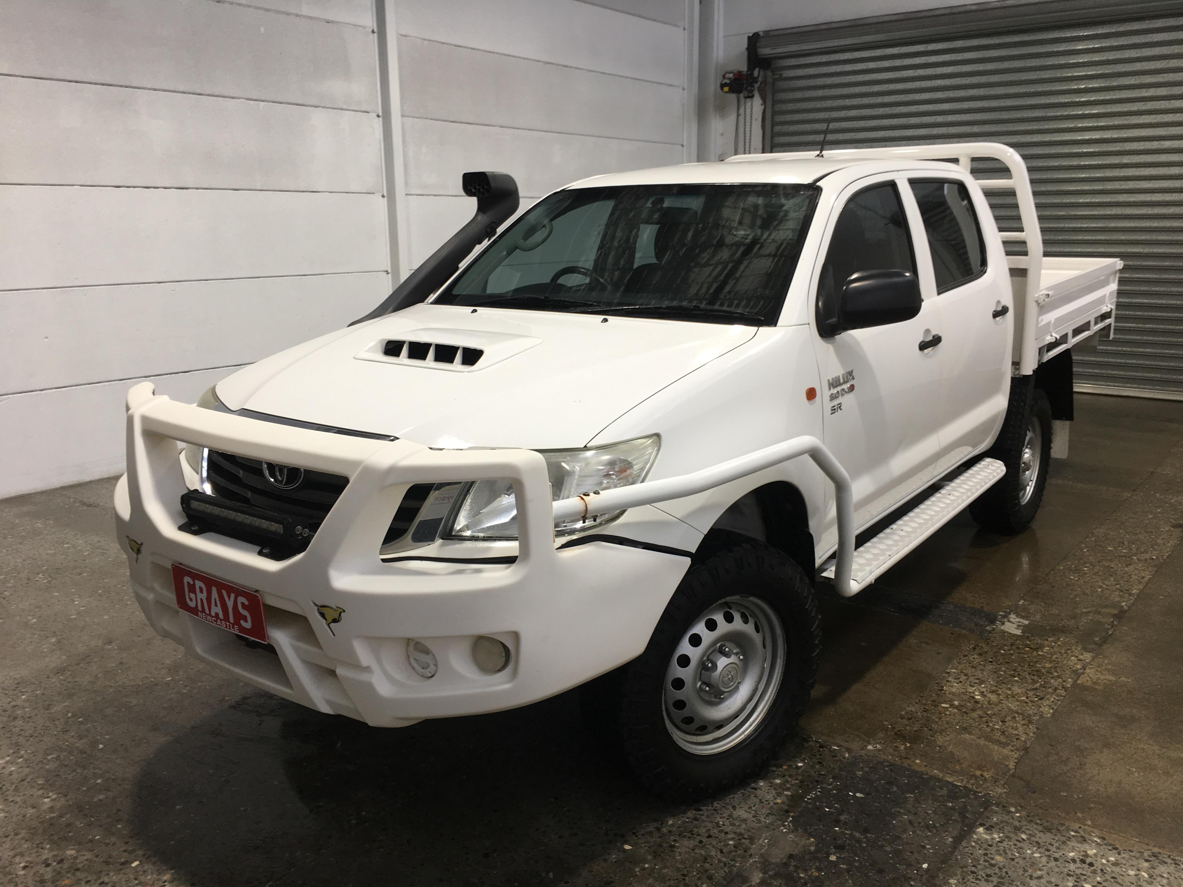 2013 Toyota Hilux SR (4x4) KUN26R Turbo Diesel Manual Crew Cab Chassis
