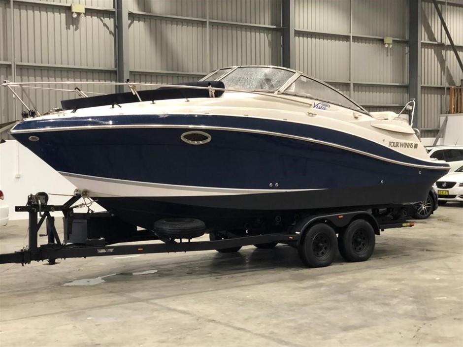 Circa 2006 Four Winns 258 Vista Boat. V8 Mercruiser Boat, Tandem Trailer