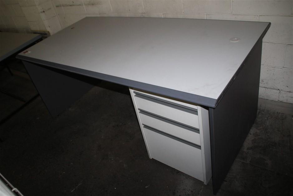Qty 2 x Office Desk