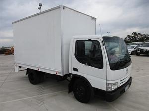 2001 Mazda T4600 4 x 2 Pantech Truck