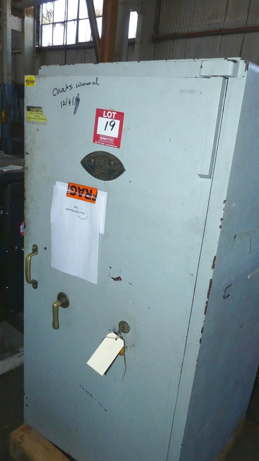 Ajax Manufacturing Co. Fire Resistant Book Safe with single Key Lock