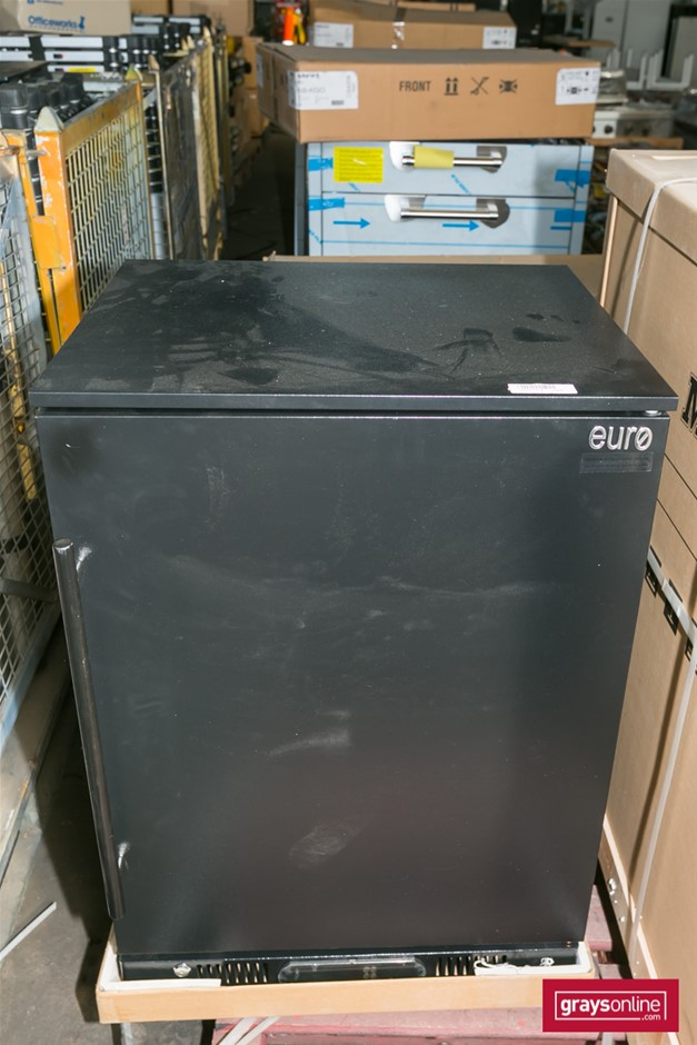 1x Euro Appliance EA60WSDBR 138 litre Single Solid Door Beverage Cooler