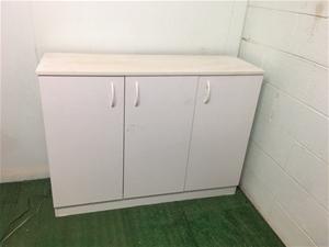 Credenza with 3 Doors in White Melamine