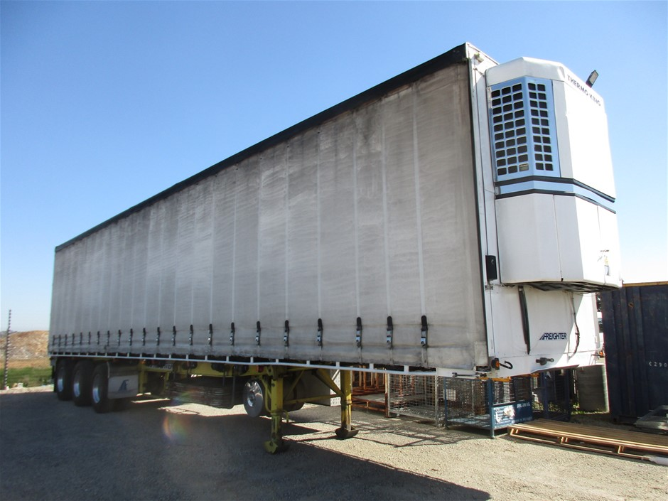 1999 Freighter ST3 Curtainsider Refrigerated Trailer