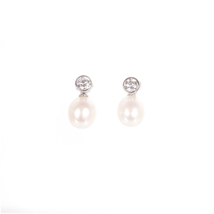 A Pair Of Sterling Silver 925 White Fres