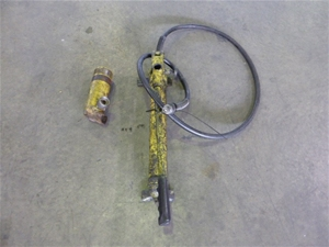Enerpac Manual Hydraulic Pump With Ram (