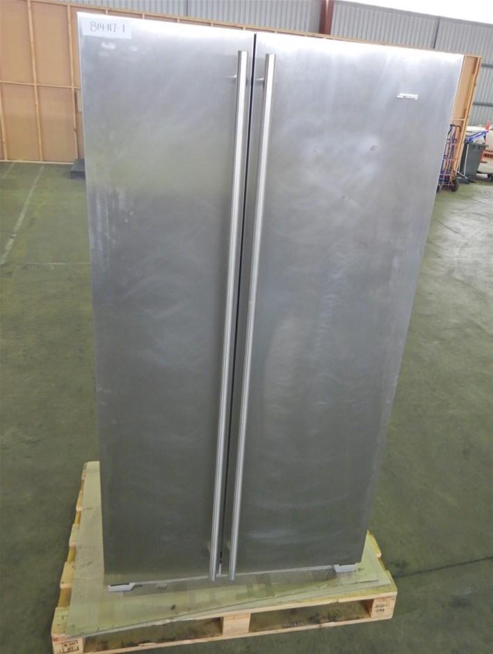 Smeg 618L Stainless Steel Side By Side Refrigerator, Model: SR600P