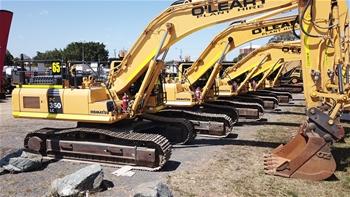 2 X 2017 Komatsu PC350LC-8M0 Hydraulic Excavators