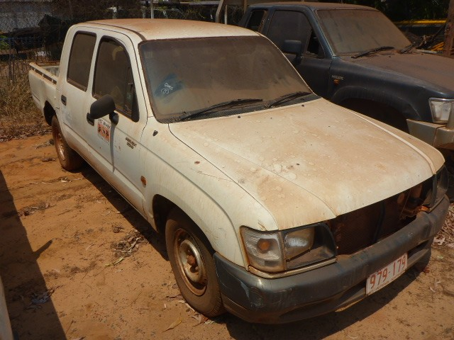 2002 Toyota Hilux LN 147R RWD Manual 5 Speed Dual Cab Ute - Maningrida, NT