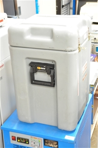 Cryogenic dry shipper 4.4L for 102 x 2ml