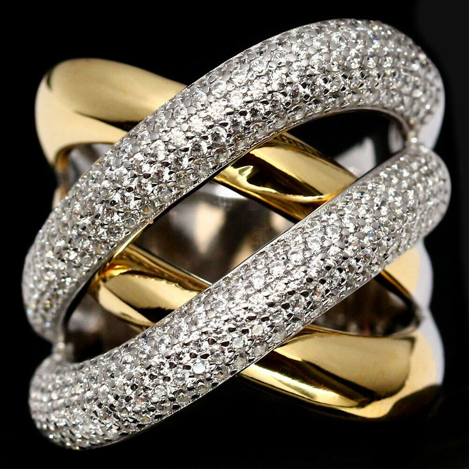 Classy White & Yellow Gold Cubic Zirconia Ring. Size 'Q'