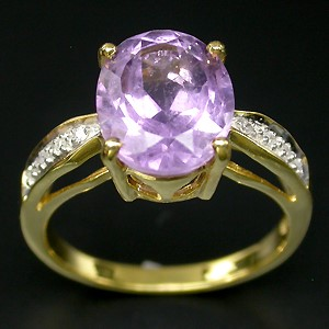 Gorgeous Amethyst and Diamond ring. Size 'M'