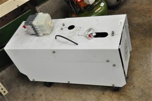 Vacuum pump oil rotary vane with oil mis