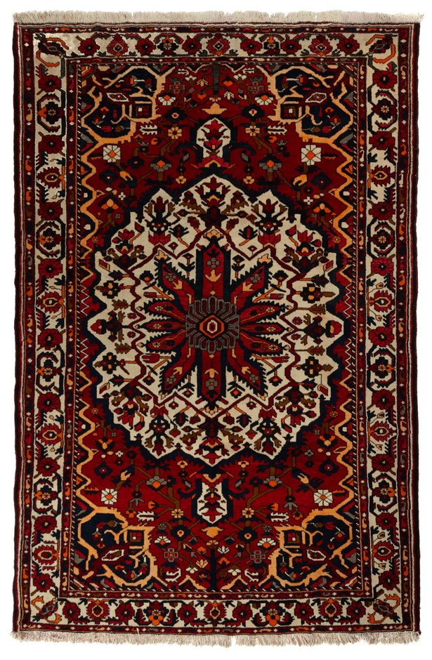 Persian Baktiari Hand knotted 100% wool pile floor rug Size (cm): 210 x 318