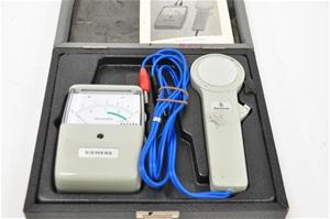 Luminance meter for exposure data. Sieme