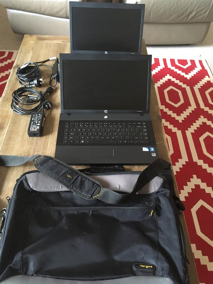 """2 x HP Compaq 620 Notebooks ( XV994PA ) and 1 x Targus Bag (17"""")"""