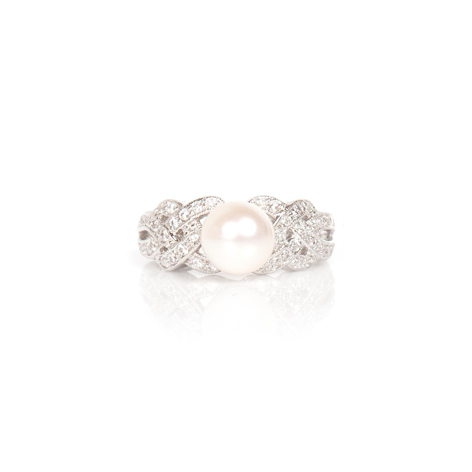 Freshwater white pearl & cubic zirconia set ring