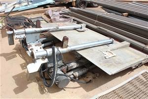 Anteo Truck Tail Lifter