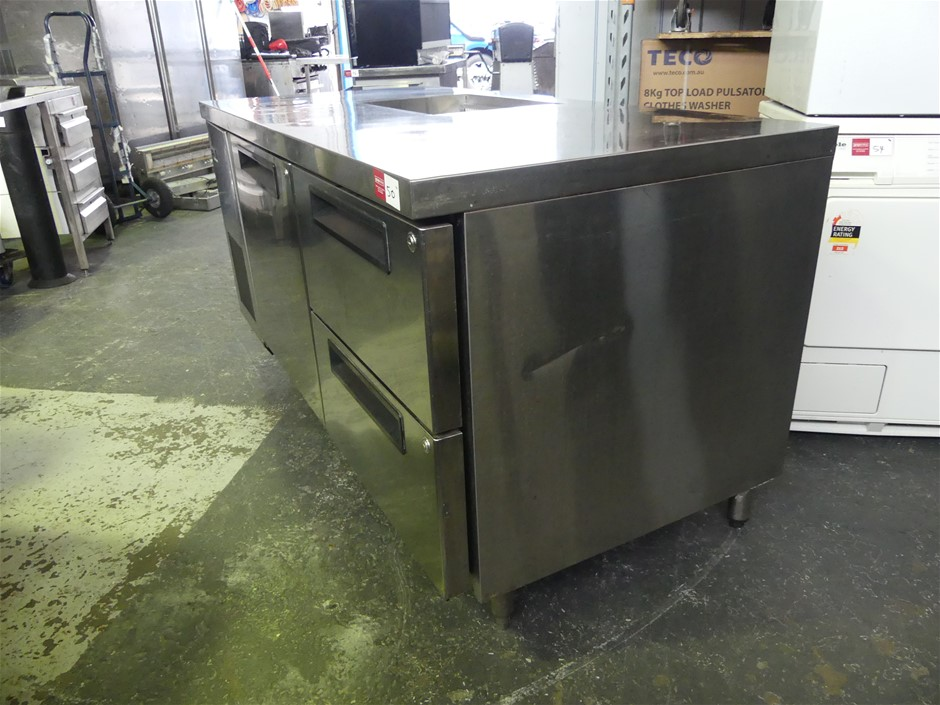 Stainless Steel Refrigerated Bar with Ice Bucket Section