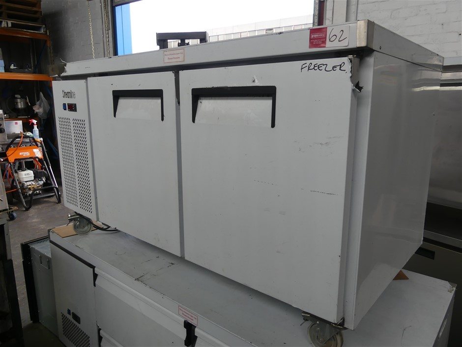 Streamline BS 2DCF5/E SS Self-Contained Mobile Underbench Freezer