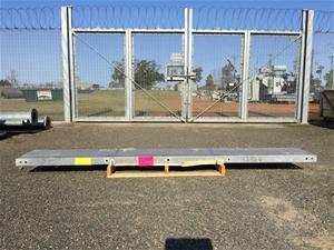 3 x steel posts 3m Vendor code: 132924 T