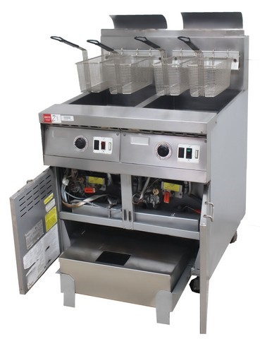 FRYMASTER GAS DOUBLE PAN DEEP FRYER WITH OIL FILTRATION SYSTEM, </S