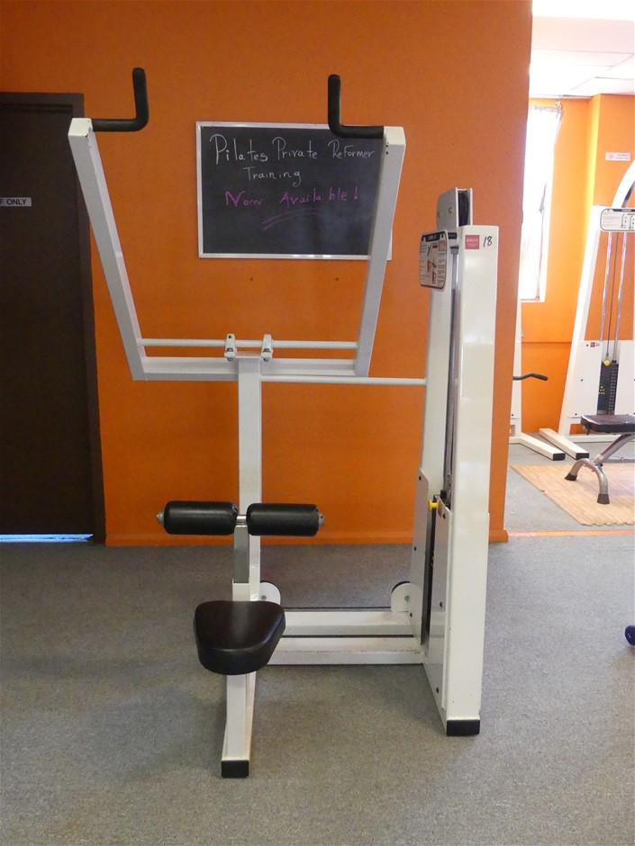 Lever Lat Lateral Pull Down Exercise Machine