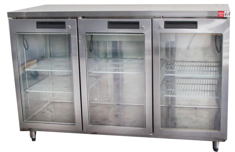 Williams 3 Glass Door Display Refrigerator