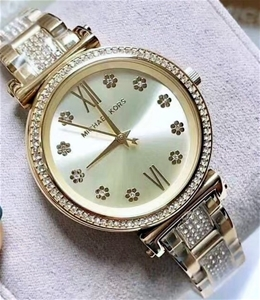Ladies brand new Michael Kors Couture NY