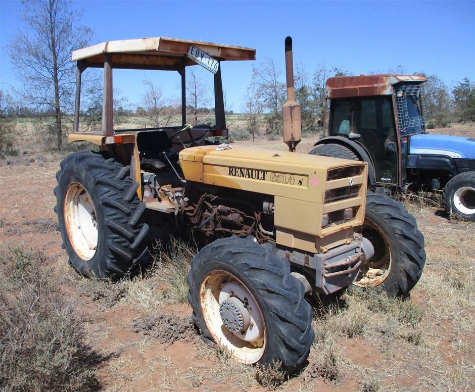 Renault 651.45 Tractor