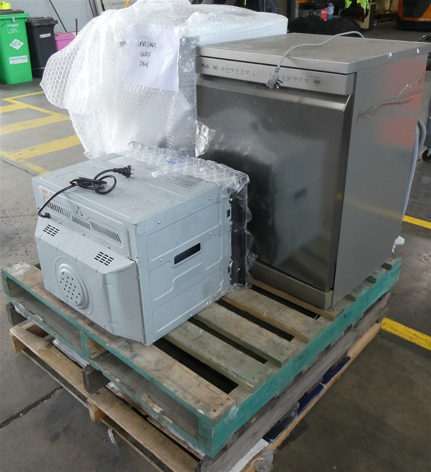 Pallet of Assorted Damaged White Goods