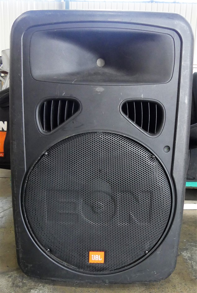 EON15 G2 Powered Speaker System