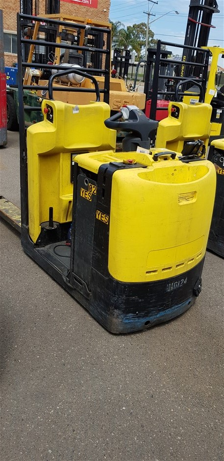 2013 Hyster LO2.0 2.0 Ton Stand On Electric Pallet Mover
