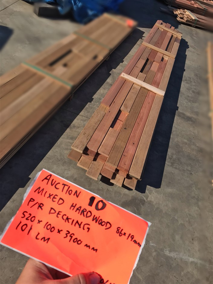 Mixed Hardwood Decking - 86x19mm (101 LM)