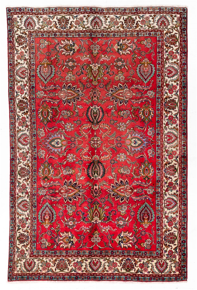 Persian Sarouk Hand Knotted 100% Wool pile Size (cm): 220 x 340