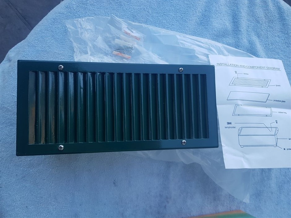 6 X Green Hermosa Brick/Wall Lights in Australian Powder Coat, Original